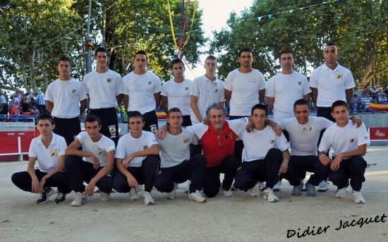 """L'équipe... en haut les finalistes, en bas les """"jeunes""""..."""