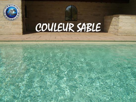 couleur piscine en eau. Black Bedroom Furniture Sets. Home Design Ideas