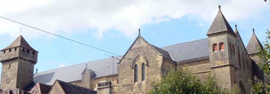 Eglise fortifiée de Beaumont du Périgord